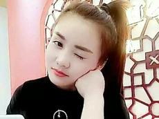 秀宝@爱笑女孩